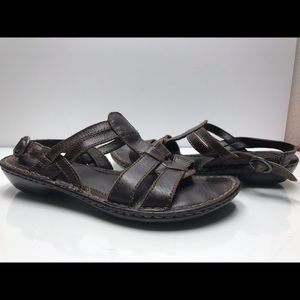 Born Size 8 M US Women's Brown Sandals